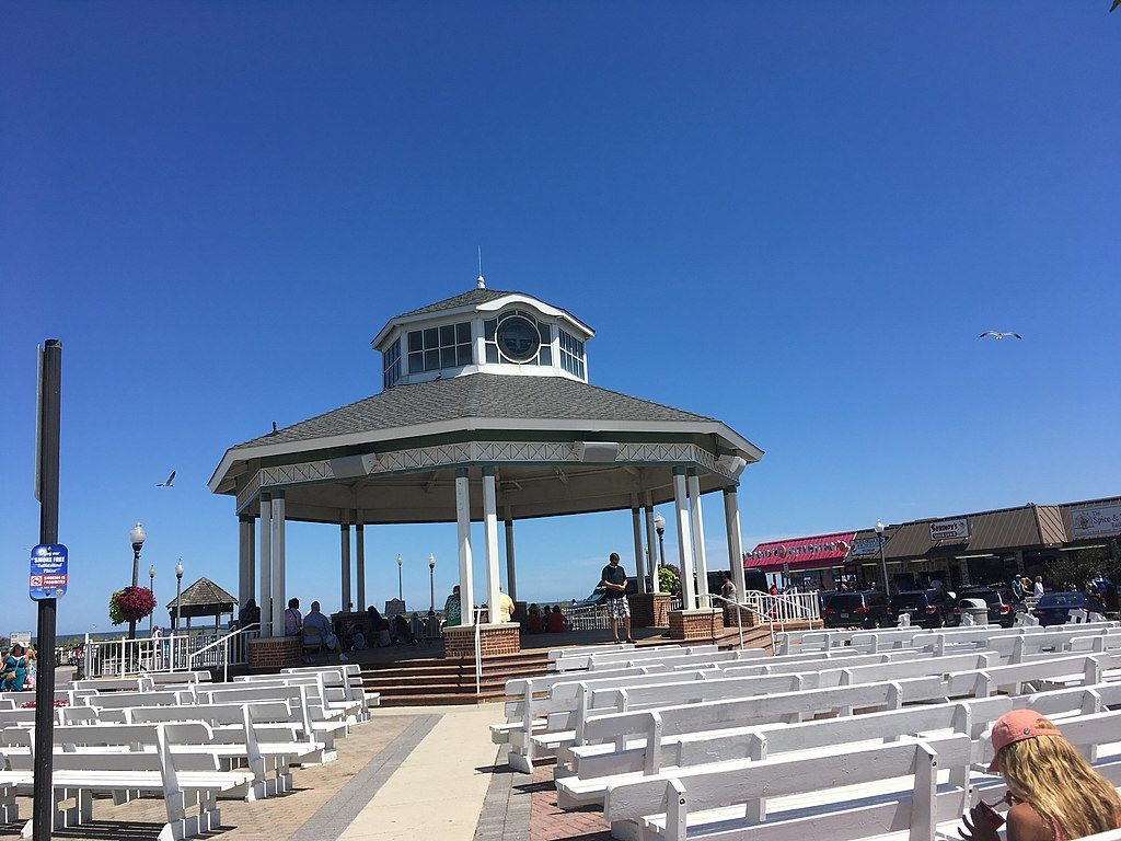 Rehoboth Beach Bandstand - Delaware beach concerts